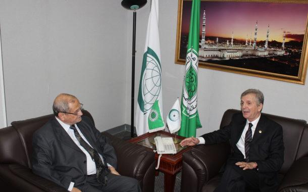 السفير الجزائري في زيارة لمجمع الفقه الإسلامي الدولي