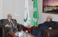 وزير الأوقاف والشؤون الدينية الفلسطيني في زيارة للمجمع